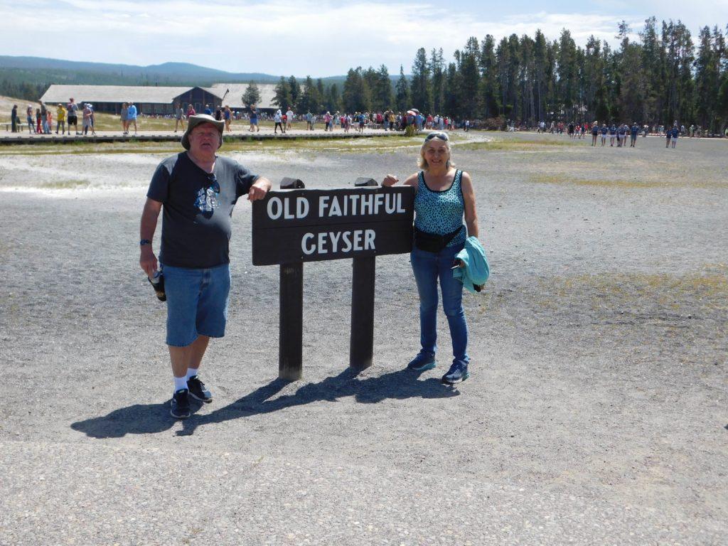 OldFaithful_Yellowstone